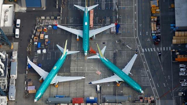 EEUU prohíbe a sus firmas volar a menos de 8 km sobre Venezuela