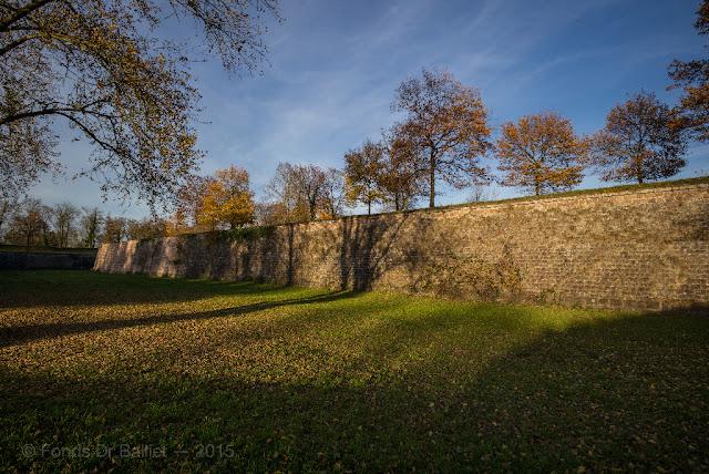 Fortifications de Neuf-Brisach… Couleurs d'automne : Contregarde 10