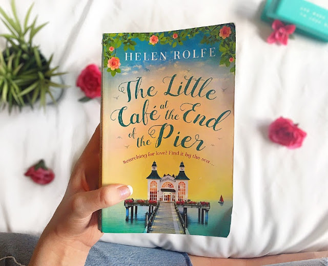 The Little Café at the End of the Pier by Helen Rolfe | Review & Interview