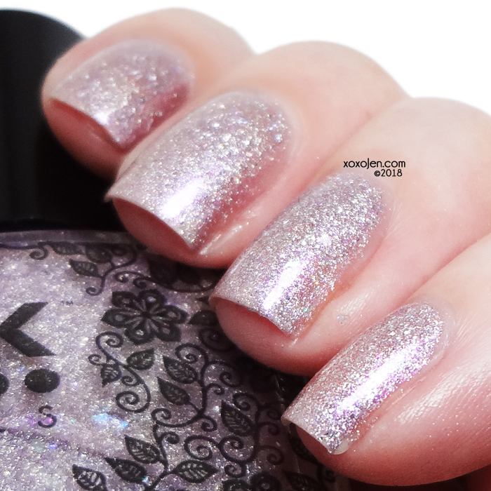 xoxoJen's swatch of DRK Nails It's So Fluffy