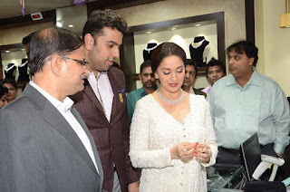 Madhuri Dixit Pictures in Designer White Salwar Kameez at PNG Jewelers Launch ~ Celebs Next
