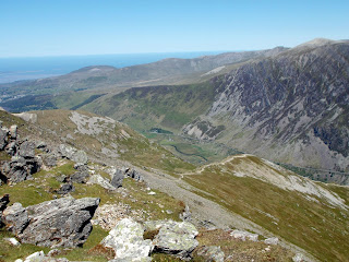 hiking the mountains of snowdonia