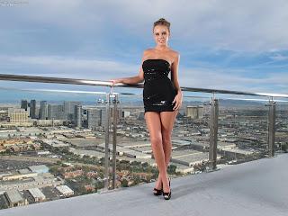 Alexis Adams InTheCrack 1092 Full Picture Set