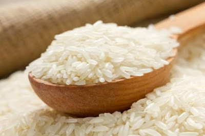 Cara membuat masker beras untuk memutihkan kulit wajah