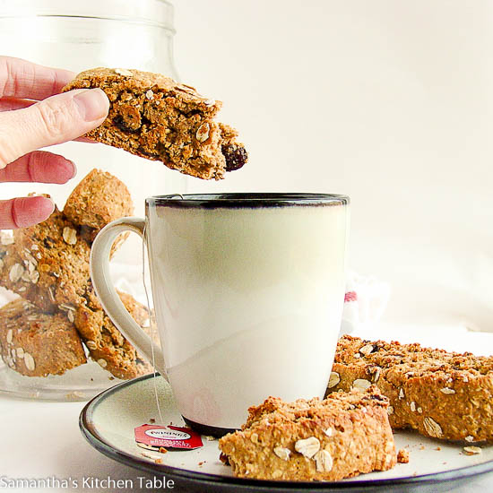 Oatmeal Raisin Breakfast Biscotti