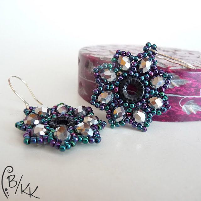 kolczyki brick stitch kwiatki | brick stitch flower earrings