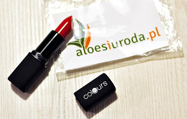 aloes-i-uroda-szminka