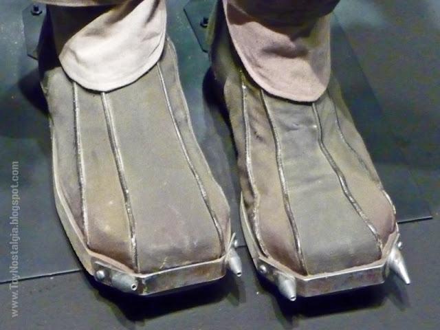 "Detalle calzado Boba Fett  ""Episodio V- The Empire Strikes Back""  (STAR WARS - The Exhibition)"
