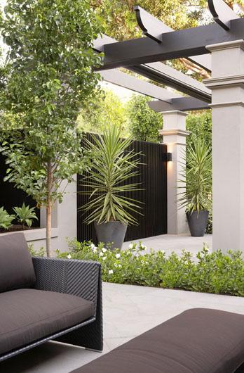 Jack Merlo Garden Design Home And Courtyard