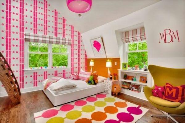 Habitación colorida niña
