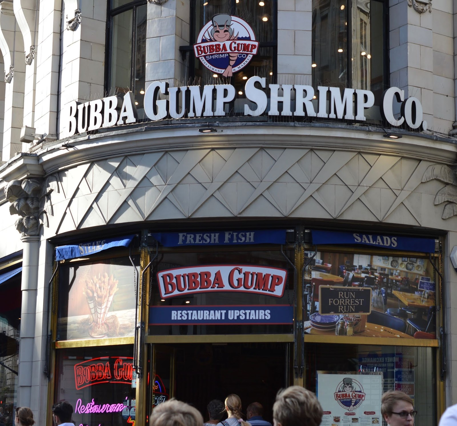 Dining with Kids in London | Bubba Gump Shrimp Leicester Square Review  - exterior