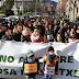 Familias y trabajadores del colegio La Milagrosa siguen protestando a 48 horas de abrir matrícula