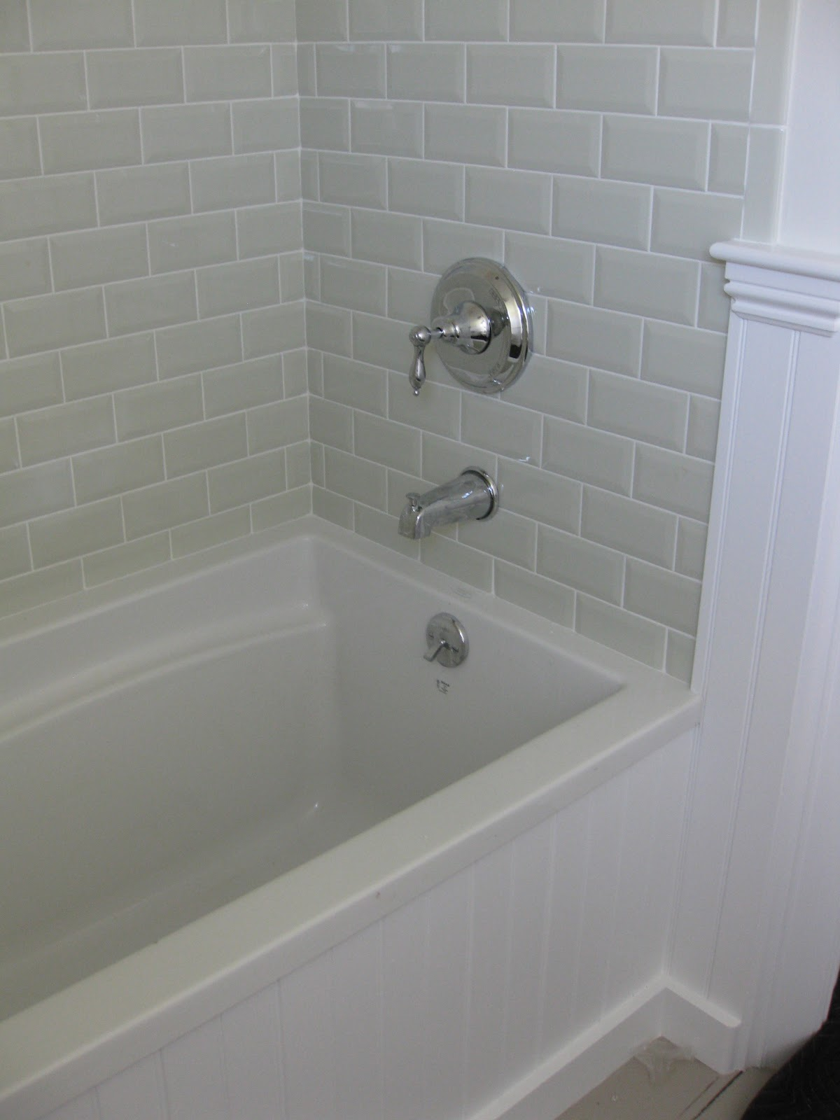 Lily 39 s house a completed project - Bathtub showers for small bathrooms ...