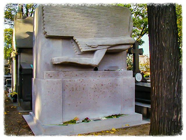 Oscar Wilde's Grave