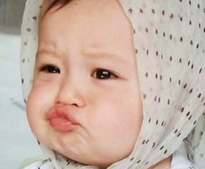 Gratis gambar bayi lagi cemberut