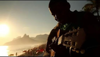 Santa Cruz Shopping apresenta happy hour com o músico Rodrigo Varanda
