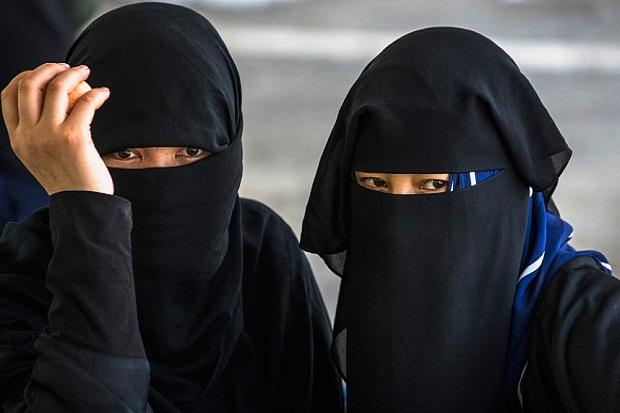 Jerman Ancang-ancang Melarang Burqa bagi Wanita Muslim, Menurut Anda ?