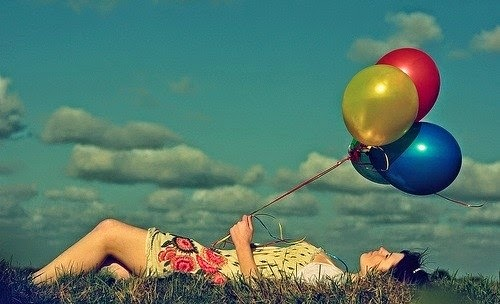 O que faz o balão subir