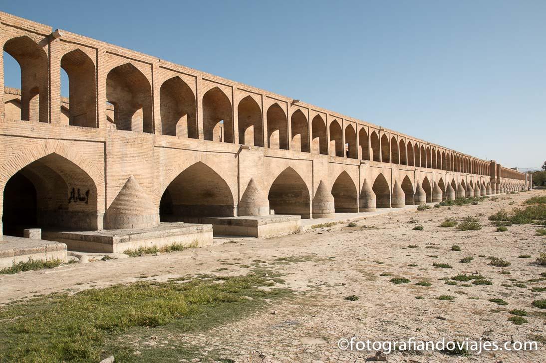 puente Si O-Se Pol o puente de los 33 arcos de Isfahan