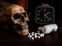 Puisi Tentang Narkoba ( Benda Pembawa Maut )
