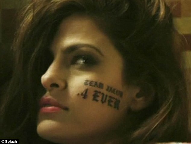Rheass: Tat's too funny! Eva Mendes gets fake Twilight facial tattoo