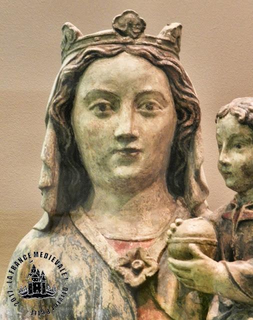 NANCY (54) - Musée Lorrain : Vierge à l'Enfant (1360)