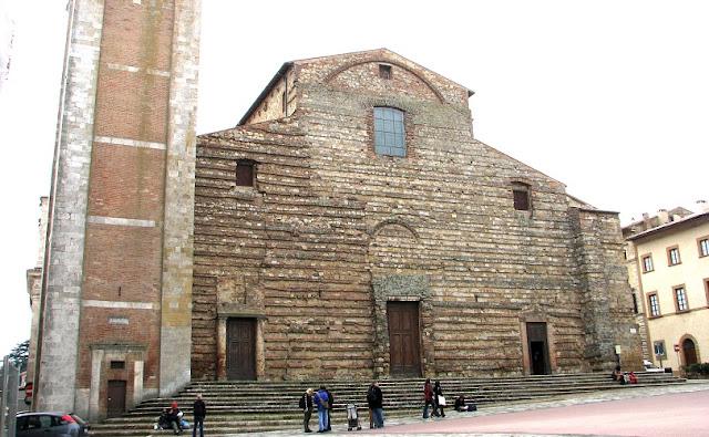 Tour pelo centro histórico de Montepulciano