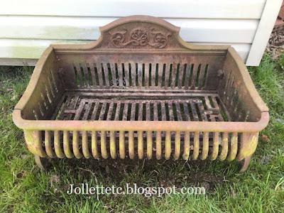 Sudie Rucker's fireplace grate https://jollettetc.blogspot.com