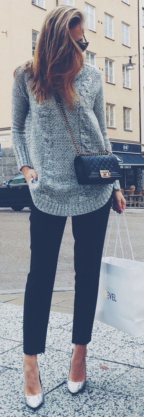 what to wear with a sweater + bag + pants + heels
