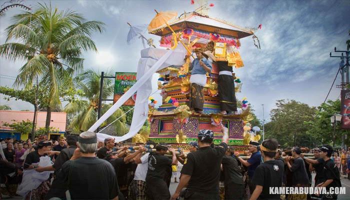 Upacara Ngaben, Ritual Pembakaran Mayat Umat Hindu di Bali