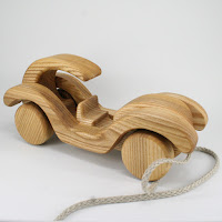 PA42, Wooden Pull along Car II, Lotes Toys