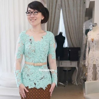 model kebaya bali simple