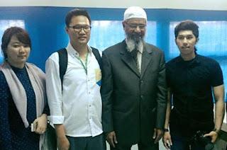 Inilah 4 Mualaf Di Acara DR. Zakir Naik UPI Bandung