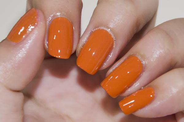 OPI橙色你时尚!样子