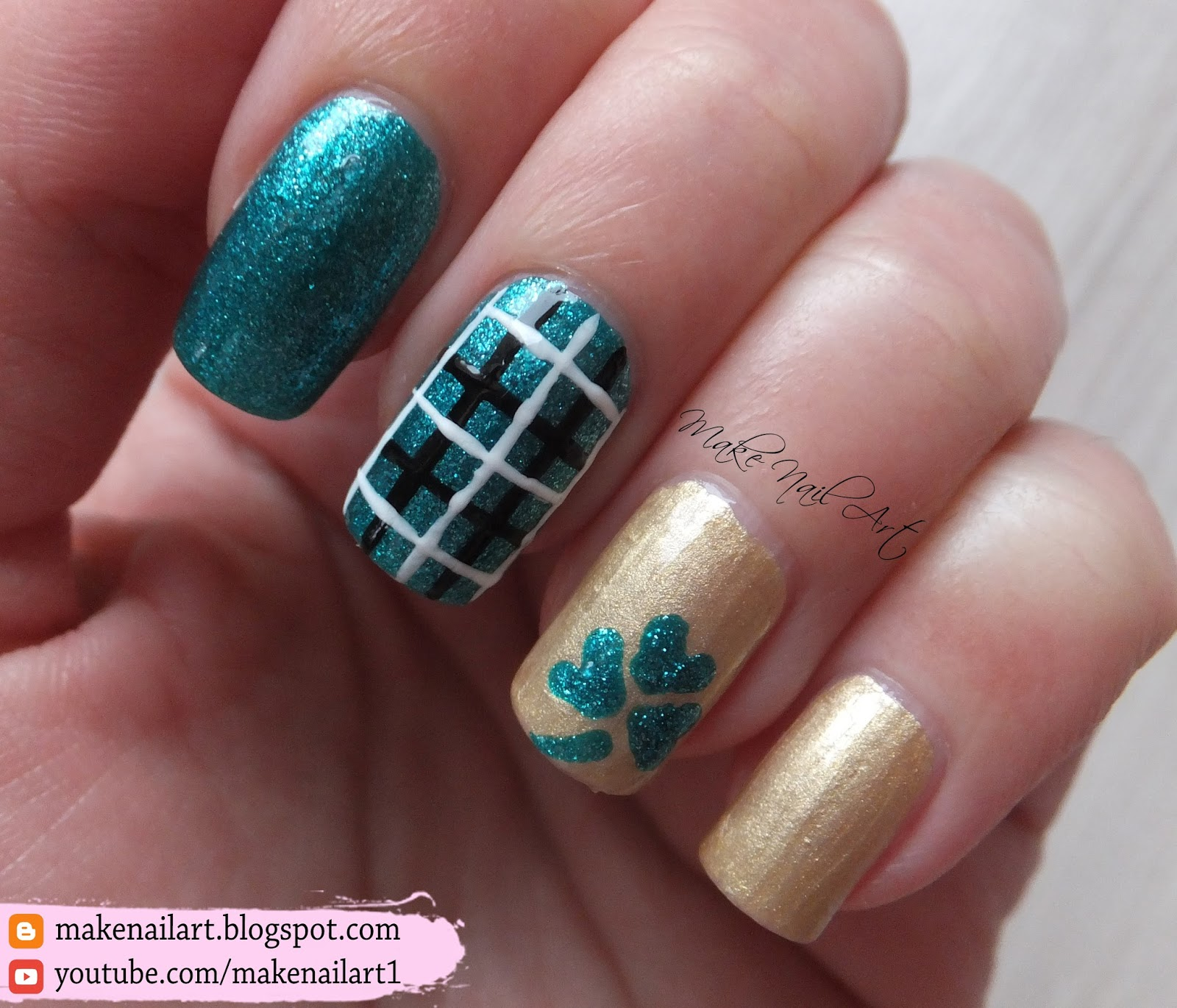 and white plaid using nail art