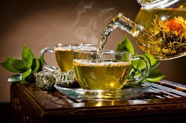 سؤال : متى يكون الشاي مضرا للإنسان ؟؟؟!!! الجواب هنا