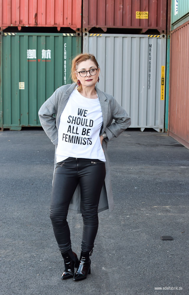 statement T-Shirt We should all be feminists