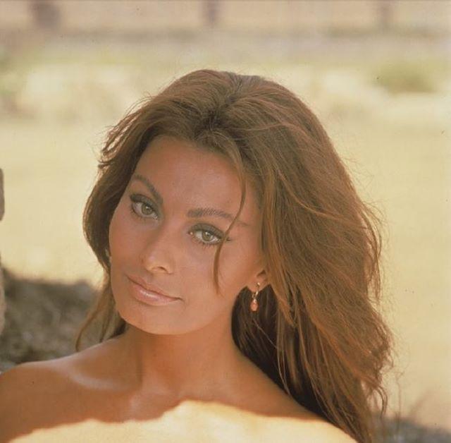Sophia Loren photographed on the set of C'era Una Volta, 1967. | Italy, Italian woman, Sophia Loren, vintage, 60s, film, romantic, jewelry, beauty, glamorous | Allegory of Vanity