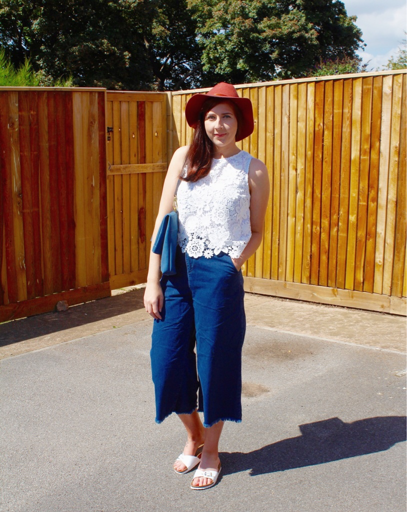 topshop, culottes, primark, hat, olive cooper, olivecooperbag, lacetop, wiw, whatimwearing, asseenonme, lotd, lookoftheday, outfitoftheday, ootd, fashionbloggers, fashionblogger, fbloggers, fblogger, fashionpost, outfitpost, summerfashion