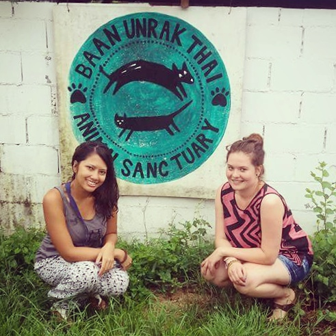 Volunteering at Baan Unrak Thai Animal sanctuary - Ummi Goes Where?