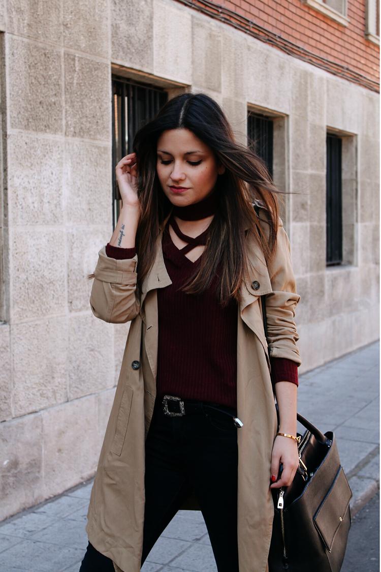 Outfit blog de moda con trench