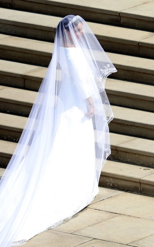 Vogue fashion critic, Anders Christian Madsen gives his verdict on the wedding dress of the year. #m...