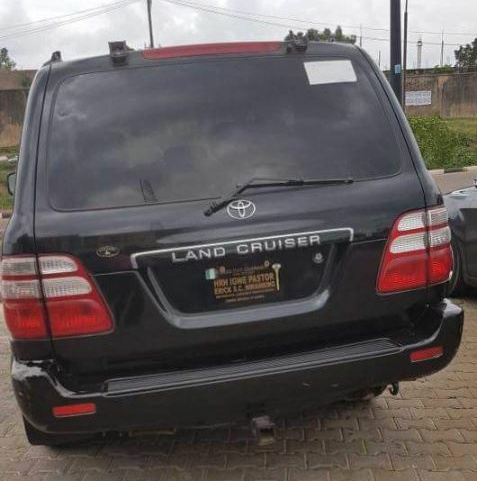 See The Vehicle Plate number Of A King In Enugu That Has Gone Viral (Photos)