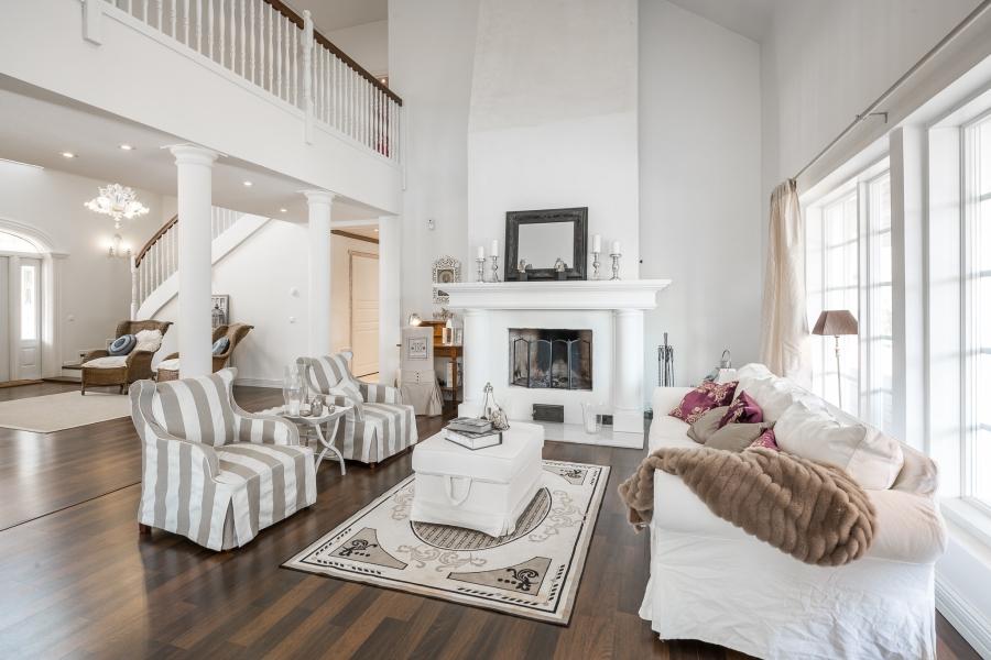 Przytulna kuchnia w stylu prowansalskim, wystrój wnętrz, wnętrza, urządzanie mieszkania, dom, home decor, dekoracje, aranżacje, styl prowansalski, provencal style, salon, living room