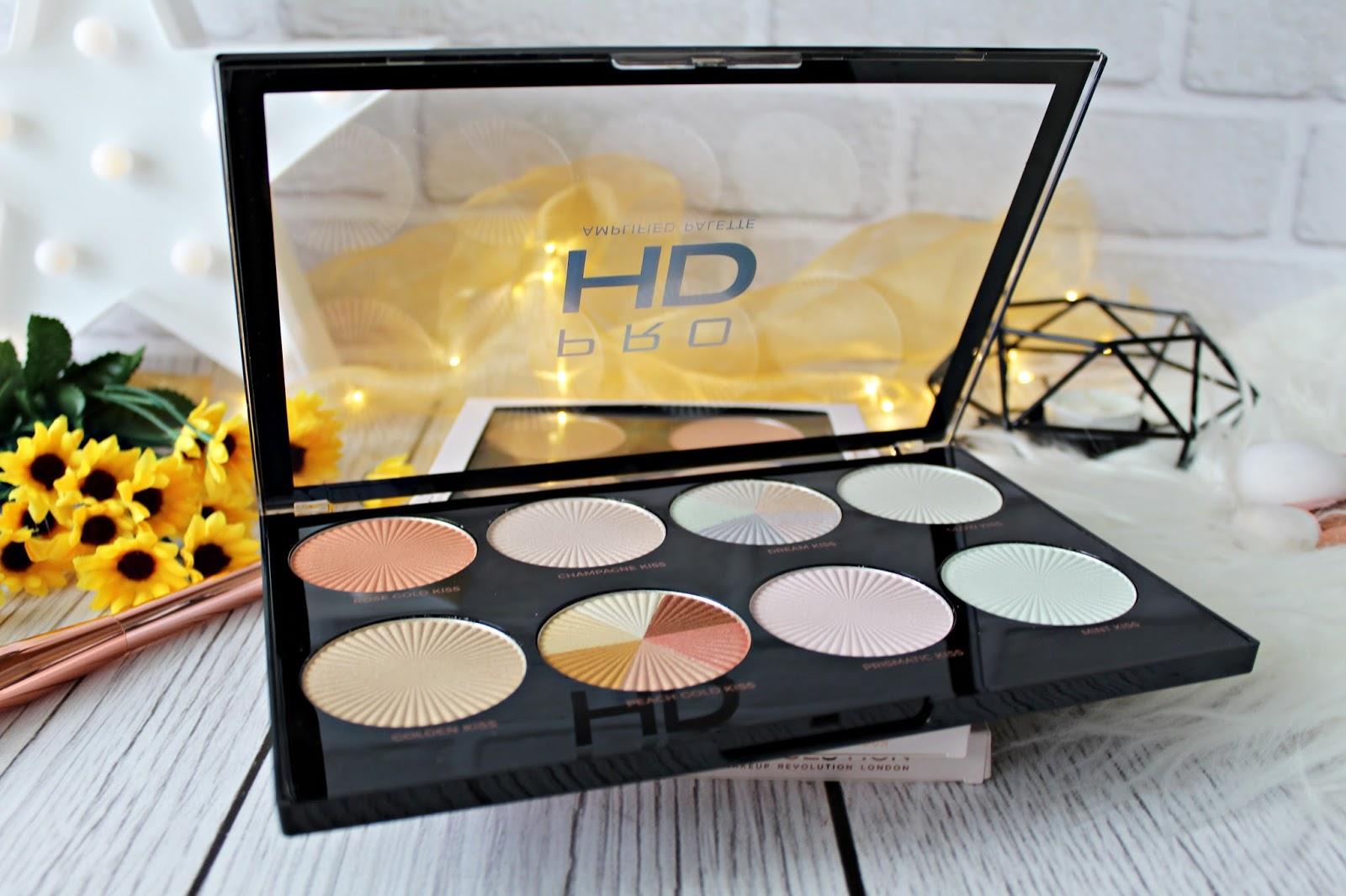 Najnowsze palety rozświetlaczy i do konturowania PRO HD MAKEUP REVOLUTION - Glow Getter, Brighter than my future oraz Get Baked