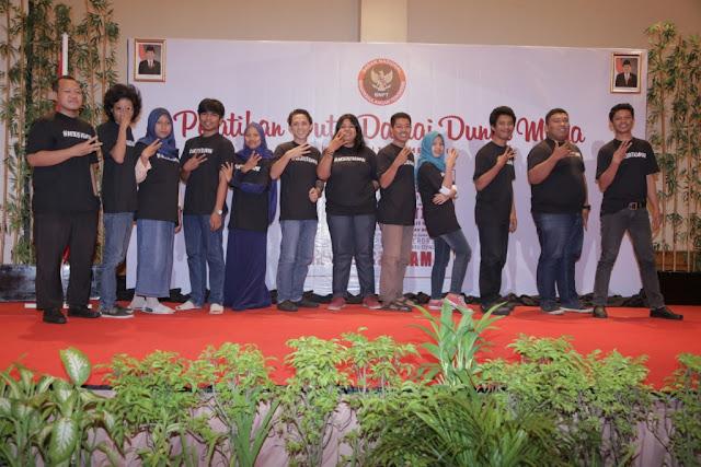 Kelompok 3 Duta Damai Makassar 2016