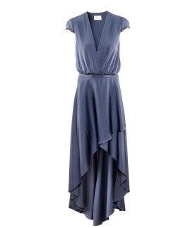 1c664a8cc49c Her er et par af de nye kjoler fra H M s Conscious Exclusive til salg fra  4 4 i udvalgte butikker. Synes de er super flotte.