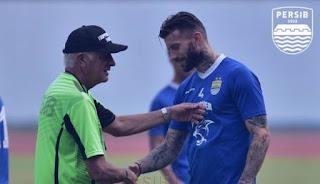 Gomez Sudah Kembali ke Bandung, Siap Dampingi Persib vs Mitra Kukar