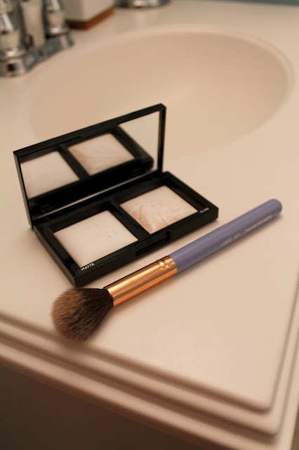 Bare Minerals Invisible Light Translucent Powder Duo // Luxie Beauty Brush