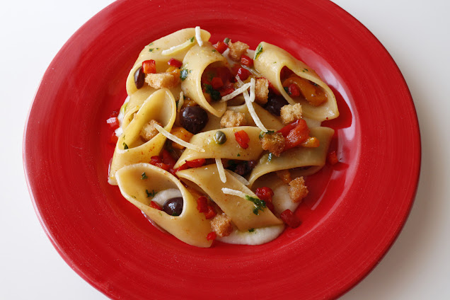 calle + pasta gragnano + pecorino + peperoni